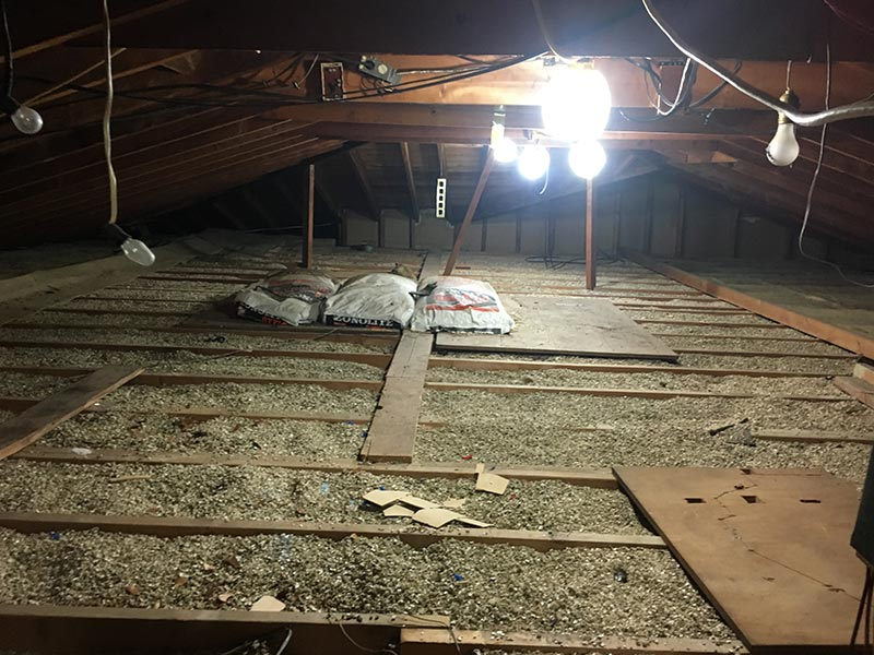 Vermiculite Insulation Removal - Bloomfield, MI (800) 975-1697